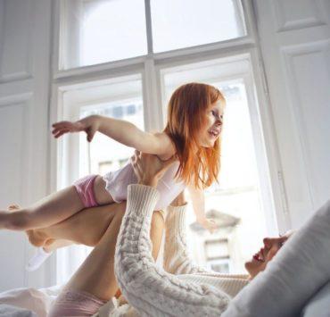12 важливих порад для мам дівчаток