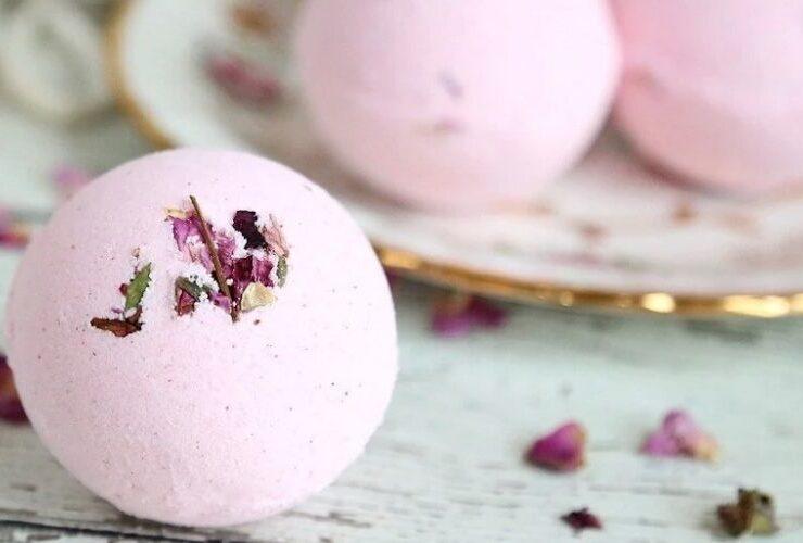 Бомбочка для ванни: як зробити ароматні вируючі кульки в домашніх умовах