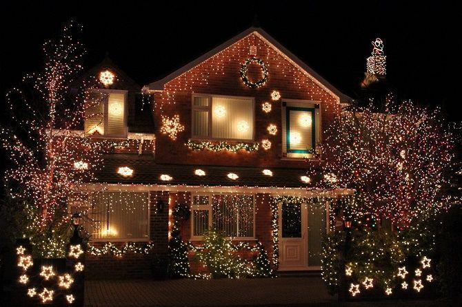 Цікаві ідеї, як прикрасити двір на Новий рік 2021 21