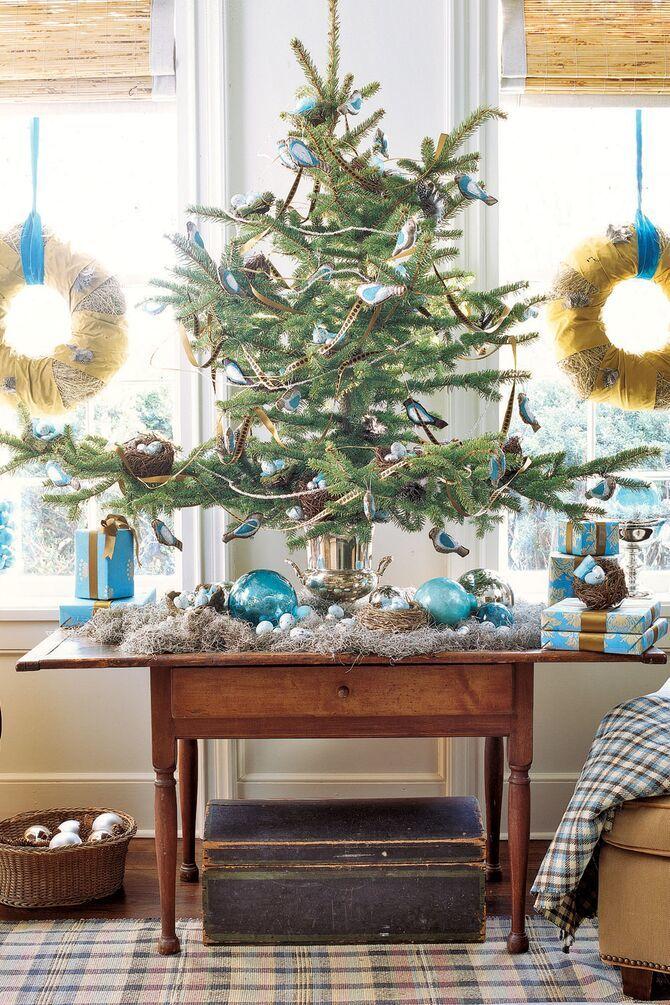 Різдвяний декор: 40 казкових ідей прикрашання маленької ялинки 26
