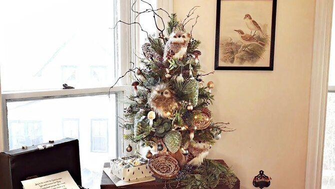 Різдвяний декор: 40 казкових ідей прикрашання маленької ялинки 15