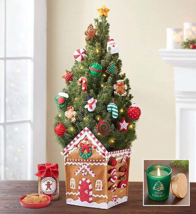Різдвяний декор: 40 казкових ідей прикрашання маленької ялинки 38